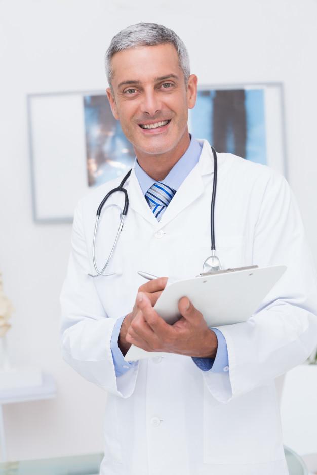 medico omeopata soddisfatto